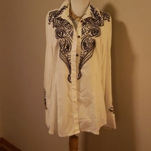 Beautiful Boston Proper embroidered blouse. Sz Lrg